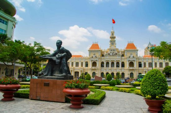 Ho Chi Minh Attractions - Siagon Post office